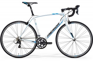 MERIDA SCULTURA 100 S/M 52 WHITE(PROCESS BLUE/BLACK) 2015