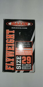 MAXXIS  FLY WEIGHT 132G 29X1,9/2,125 PRESTA 40MM T